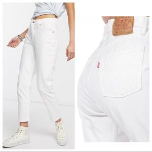 Levi's High Rise Mom Jeans